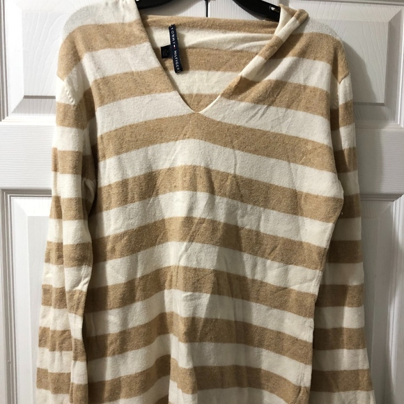 Tommy Hilfiger Sweaters - Hooded, Tommy Hilfiger Sweater